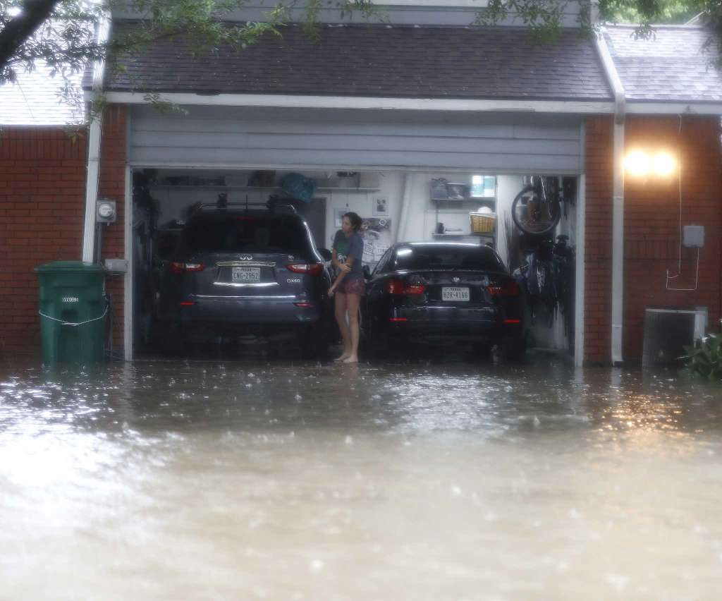 How Storms Affect Garage Doors