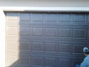 garage_door_painting_service