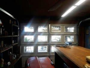 glass-garage-door-decorative