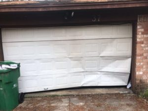replacement_of_garage_door (1)-before