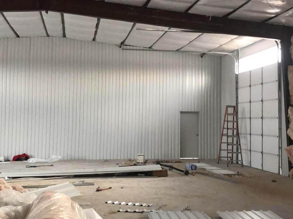 commercial_garage_door_installation_on_wherhouse (11)